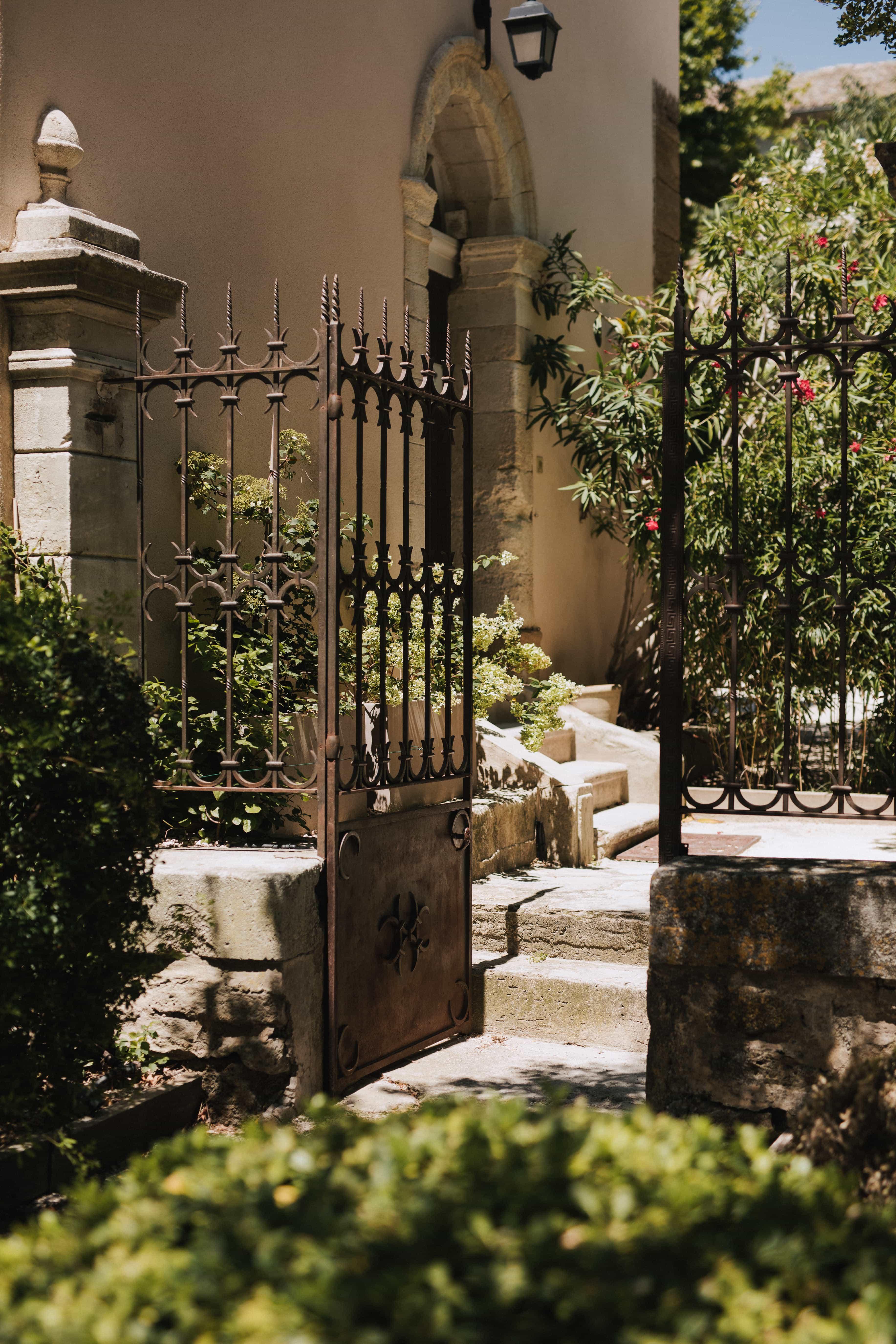 Cigales et Petits Fours - mariages Aix-en-Provence