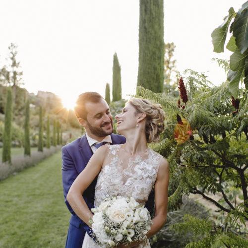 Cigales et petits fours - Mariages en Provence