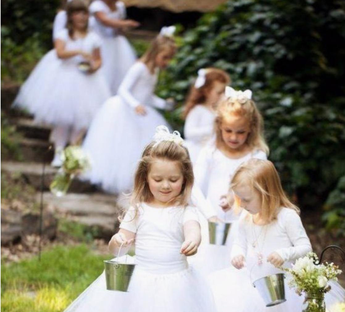 Cigales et Petits Fours - Accessoires de mariage