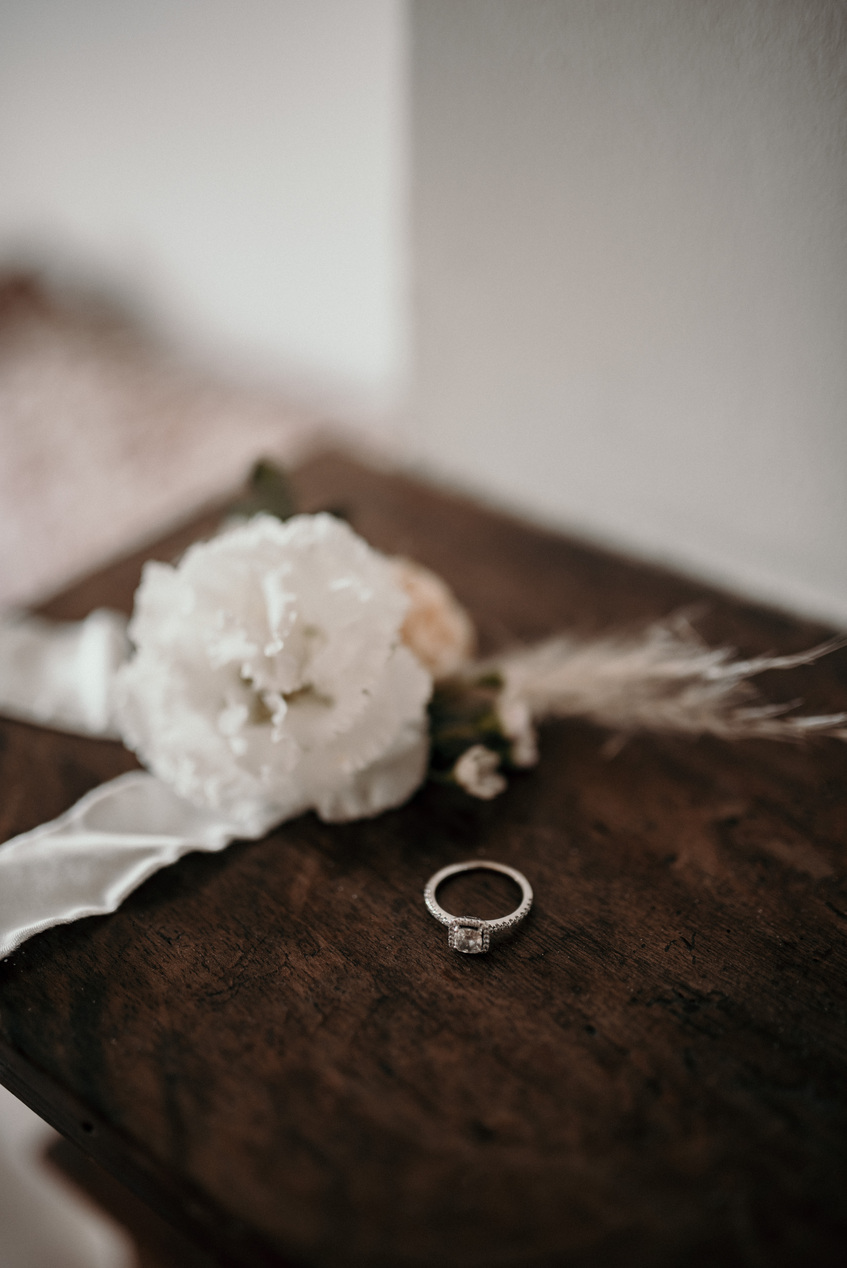 Cigales et Petits Fours - Mariage en Provence